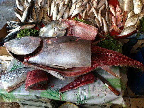 рыба на базаре Анталии.