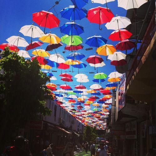 улица зонтиков в Анталии