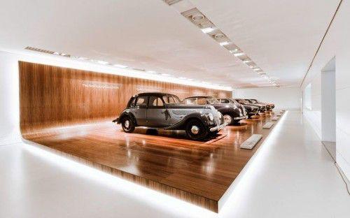 выставочные экспонаты в музее БМВ, Мюнхен